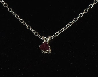 22in .925 Sterling silver  1.7mm Twist Chain Oval cut 6mm X 4mm Sterling Silver setting Natural Garnet .60 Ct