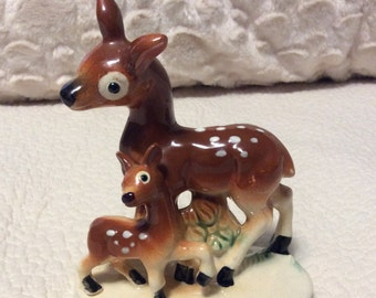 Rare Vintage Doe and Fawn Figurine Deer Woodland 1950s made in Japan Anthropomorphic