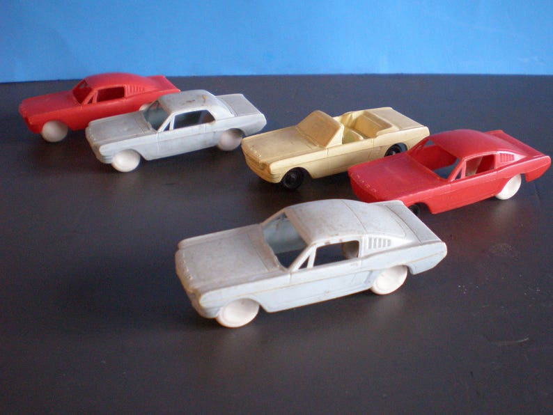 Mid Century Plastic Toy Ford Cars Set Of Five  0a62459540dc