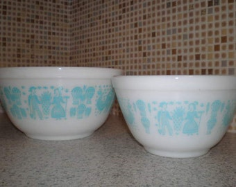 Vintage 1960s Pair Of Pyrex Bowls - Butter Print