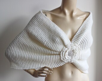 Ivory Bridal Capelet / Wedding Wrap Shrug Bolero/Hand Knit  Shawl with Rhinestone-Vegan Shawl