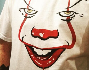 """Tshirt - """"Pennywise The Dancing Clown"""" Unisex shirt"""