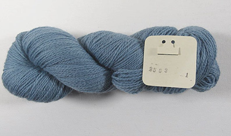 100/% New Zealand Virgin Wool A2503 Anahera Needlepoint Virgin Wool,Federal Blue Range