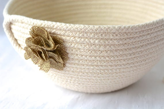 Natural Rope Bowl, Handmade Rope Basket, Minimalist Clothesline Basket, Rustic Primitive Yarn Bowl,  hand coiled natural rope basket