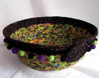 SALE... Halloween Candy Basket, Handmade Halloween Decor, Halloween Candy Bowl, hand wrapped and coiled fabric