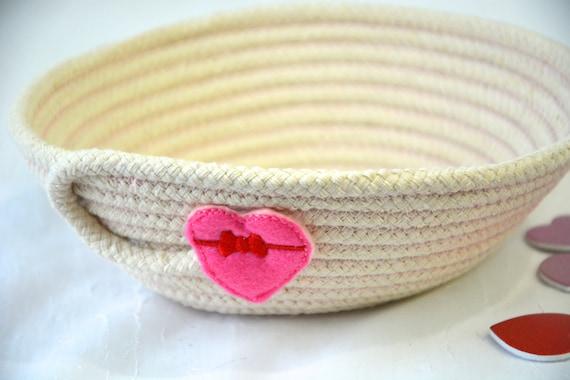 Valentine Candy Dish, Desk Accessory Bowl, Handmade Key Basket, Country Ring Dresser Tray, Neutrals Decoration, Potpourri Holder, Change Bin