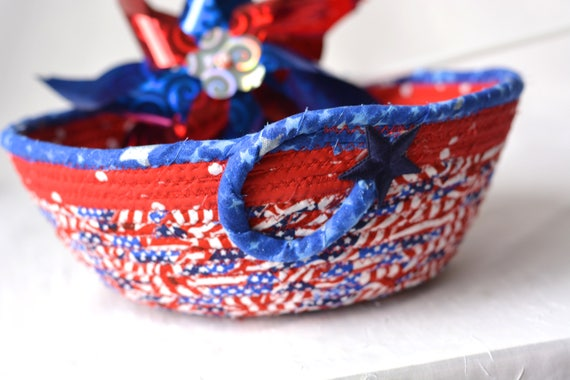 Memorial Day Party Bowl, Napkin Basket, Fruit Bowl, Handmade Red White and Blue Party Decoration, 4th of July Basket, Patriotic Home Decor