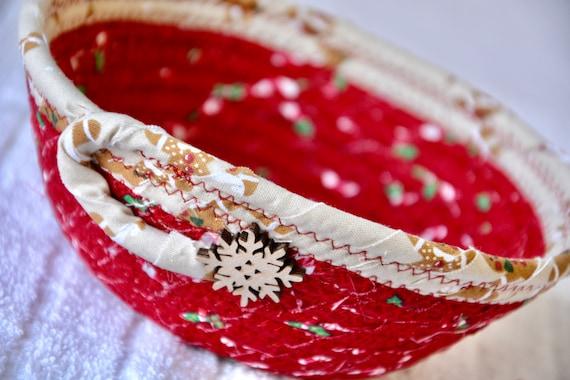 Snowflake Christmas Basket, Handmade  Gingerbread  Bowl, Candy Dish, Christmas Potpourri Tray, Cute Ring Dish, Holiday Home Decor