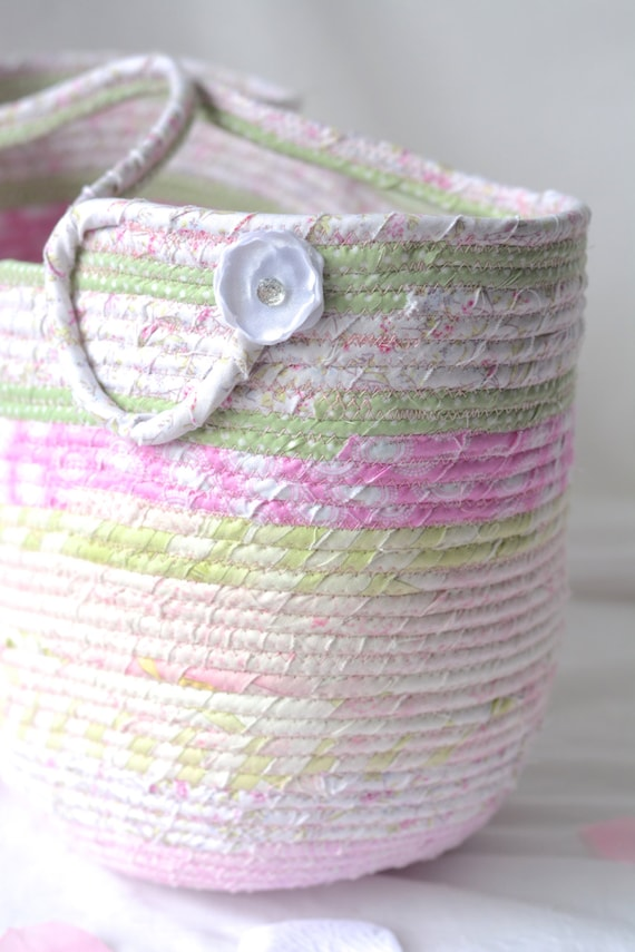 Beach Tote Bag, Handmade Fabric Basket, Shabby Chic Moses Basket, Lovely Pink Storage Organizer, Picnic Basket with handles, Gift Basket