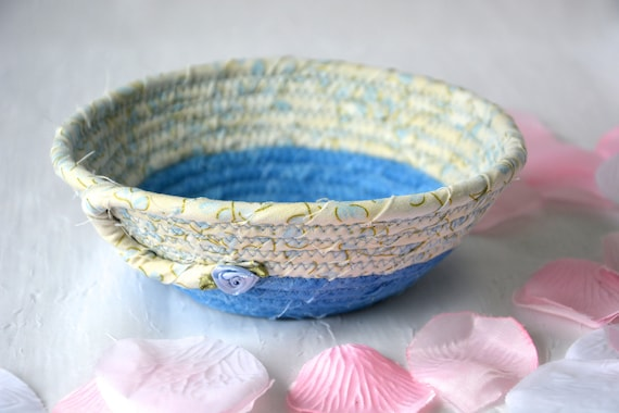 Blue Gift Basket, Lovely Azure Blue Quilted Bowl, Handmade Lotion Holder, Hand Coiled Rope Basket, Pretty Ring Dish, Key Tray