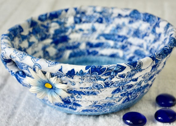 Blue Potpourri Basket, Pretty Ring Dish, Change Bowl, Handmade Key Holder, Hand Coiled Fabric Basket, Candy Dish, Candle Holder