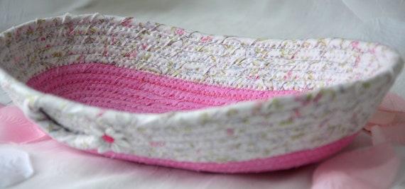 Sweet Pink Basket, Handmade Decorative Basket, Candy Bowl, Girl Ring Dish, Pink Desk Accessory, Rose Bud Basket, Eyeglasses Caddy Holder