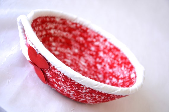 Heart Party Favor Basket, Handmade Red Love Basket, Mother's Day Gift Basket, Cute Heart Key Holder, Red Heart Decorative Bowl