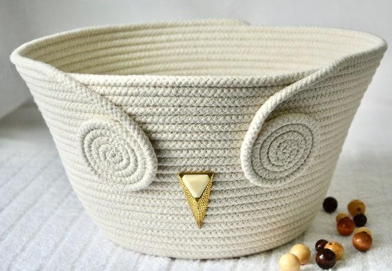 Minimalist Owl Bowl, Handmade Rope Basket, Modern Owl Clothesline Basket, Yarn Bowl,  Mail Bin, Napkin Holder, hand coiled rope basket
