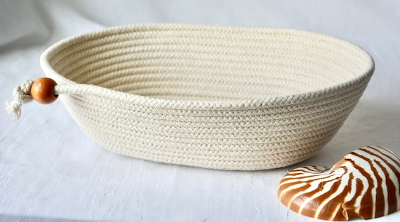 Bread Proofing Basket, Farmhouse Batard Bowl, Baker's Bowl, Handmade Baguette Basket, Lovely Banneton Bowl,  Neutrals rope basket