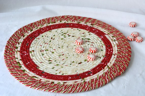 "Red Christmas Trivet, 1 Handmade Place Mat, 14"" Quilted Potholder, Table Topper, Christmas Holiday Table Runner, Holiday Trivet"