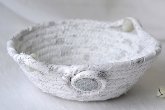 Christmas Gift Basket, Unique Candy Dish, Decorative Winter White Bowl, Handmade Trinket Basket, Ring Dish, Metallic Silver Home Decor