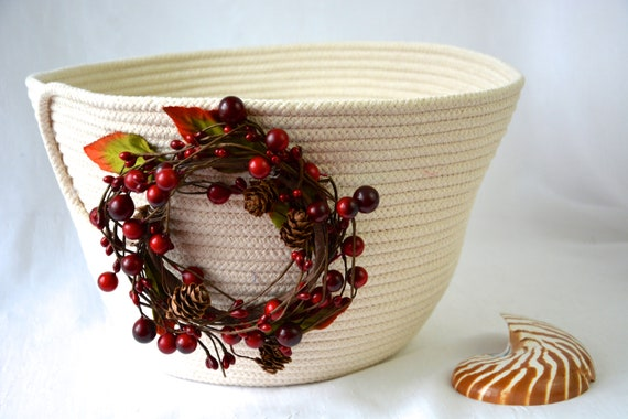 Fall Cranberry Bowl, Handmade Country Basket, Beige Clothesline Basket, Lovely Thanksgiving Fruit Bowl,  hand coiled natural rope basket
