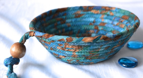 Boho Decor Basket, Handmade Blue Key Bowl, Country Wallet Holder, Quilted Rope Basket, Rustic Chic Fabric Bowl, Coin Change Bowl