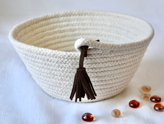 Bread Proofing Basket, Baker Gift, Tassel Home Decor Bowl, Prayer Basket, Handmade Rope Bowl, Banneton Basket, Minimalist hand coiled basket