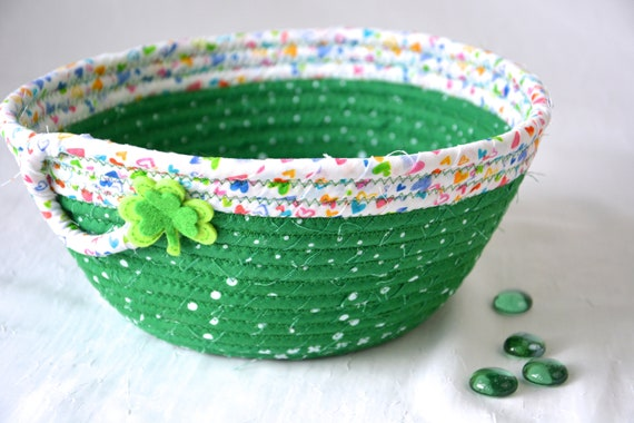 St. Patrick's Day Decor Basket, Irish Shamrock Bowl, Handmade Green Napkin Holder, Shamrock Fruit Bowl,  Fun Bread Basket