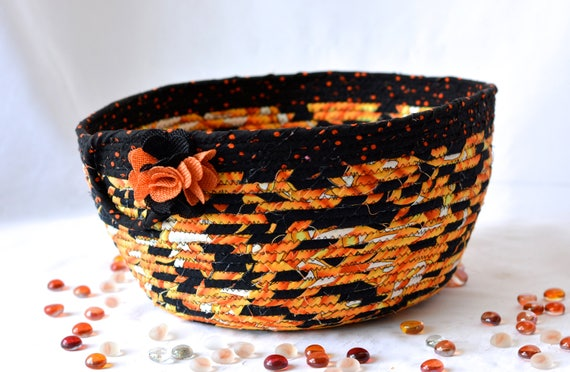 Halloween Fall Decoration, Handmade Halloween Candy Bucket, Decorative Fall Bowl, Hand Coiled Fabric Basket, Black and Orange Decor