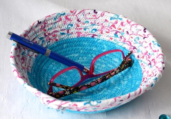 Blue Eyeglasses Basket, Cute Candy Dish, Bathroom Decoration, Handmade Key Holder, Ring Bowl, Potpourri Basket, Aqua Floral Basket