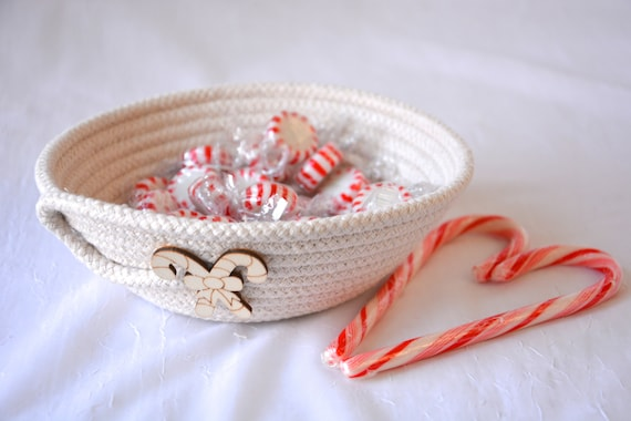 Candy Cane Dish, Beige Desk Accessory Bowl, Handmade Rope Basket, Country Ring Dresser Tray, Neutrals Christmas Decoration, rope basket