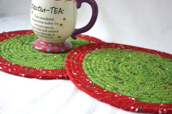 Christmas Place Mats, 2 Handmade Trivets, Holiday Potholders, Table Runners, Quilted Hot Pads, Table Topper Decoration