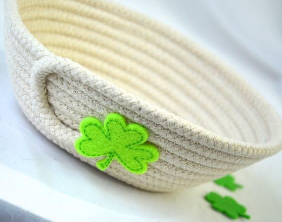 St. Patrick's Day Decor Bowl, Irish Shamrock Bowl, Handmade Rope Basket, Green Shamrock Decor Basket, Candy Dish, Desk Accessory