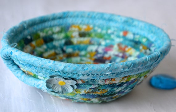 Blue Batik Basket, Handmade Ring Dish Tray, Boho Key Catchall Bowl, Jewelry Catcher, Colorful Fiber Bowl, Artisan Coiled Bowl