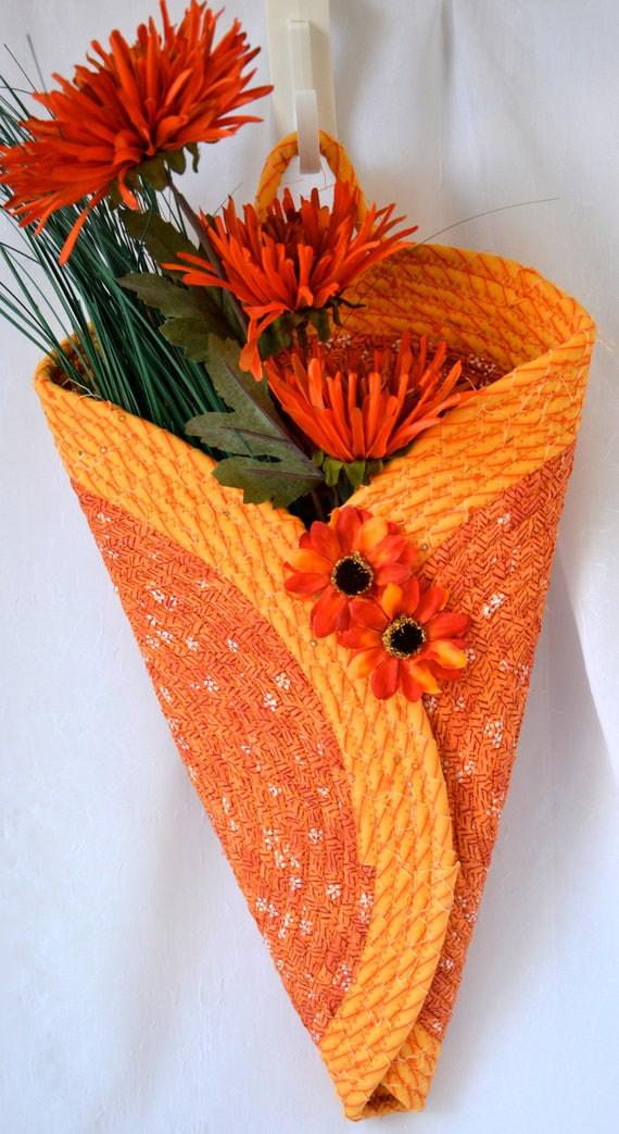 Sunflower Door Hanger, Fall Wall Art, Autumn Quilted Wall Vase, Handmade Door Hanging, Modern Wall Home Decor, Fabric Door Art Hanger
