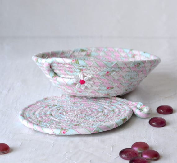 Shabby Chic Floral Basket and Coaster, Handmade Pink Bowl and Mug Rug Set, Pink Quilted Candy Dish, Cute Desk Accessory Basket and Coaster