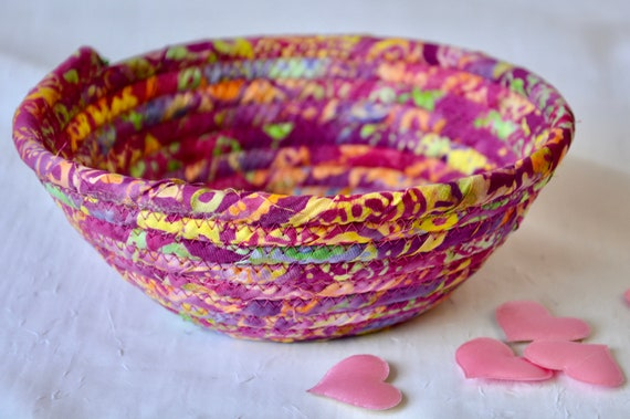 Boho Key Dish, Handmade Tuti-Fruiti Batik Bowl, Hot Pink Candy Dish, Quilted Cotton Basket, Boho Chic Fabric Basket, Change Bowl