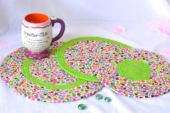 Summer Place Mats, 3 Fabric Trivets, 3 Handmade Hot Pads, Mug Rugs, Cute Green Home Decor, Table Mats, Potholders, Table Toppers, Runners
