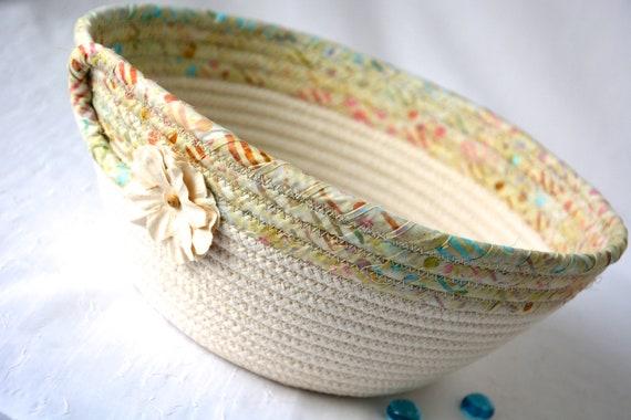 Neutrals Fruit Bowl, Handmade Minimalist Bread Basket, Unique Batik Basket, Beige Rope Bowl, Farmhouse Chic Home Decor, Napkin Holder