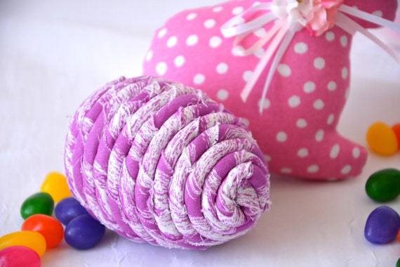 Violet Easter Egg, 1 Ornament, Handmade Lilac Easter Egg Decoration, Bowl Filler, Easter Egg Hunt, Hand Coiled Fiber Easter Egg