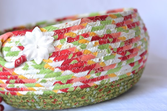 Christmas Card Basket, Quilted Christmas Bowl, Homemade Christmas Home Decor, Holiday Decoration,  Handmade Coiled Rope Basket