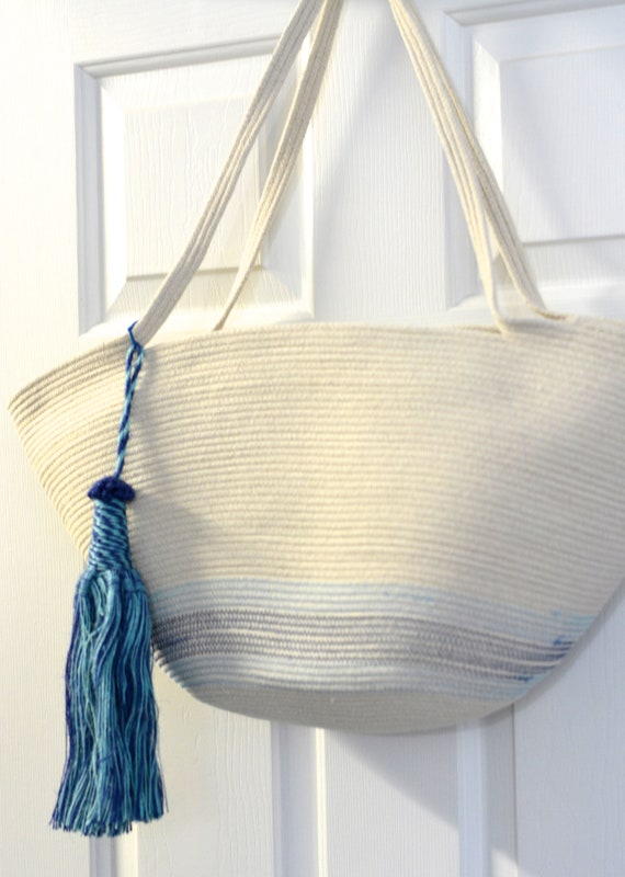 Beach Tote Bag, Coiled Rope Purse, Handmade Quilted Handbag, Country Clothesline Basket, Minimalist Stylish Shoulder Bag, Farmhouse Decor