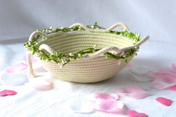 Green Minimalist Basket, Handmade Clothesline Quilted Bowl, Brush Holder, Primitive Coiled Fabric Basket, Rustic Natural Raw Rope Decor