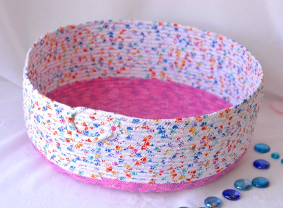 Girl Toy Organizer Bin, Cat Bed Furniture, Handmade Coiled Pet Bed, Girl Pink Shoe Bin, Artisan Quilted Cotton Dog Bed, Pet Paw Fabric Bowl