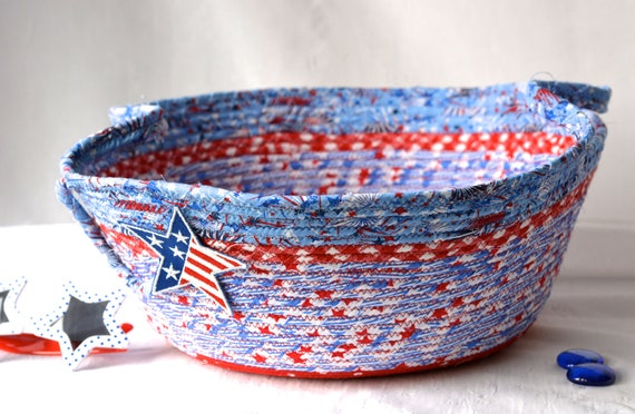 Memorial Day Decoration, Patriotic Home Decor, Pool Party Basket, Handmade Red White and Blue Party Bowl, Chip Bowl, Veteran Gift Basket