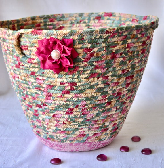 Mauve Waste Basket, Handmade Pink Handled Basket, Receptacle Trash Bin, Unique Floral  Dust Bin, Waste Can for Bathroom, Office