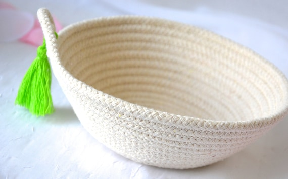 Minimalist Decor Bowl, Handmade Rope Basket, Country Clothesline Basket, Neutrals Ring Dish, Chartreuse Lime Bowl, Cute Desk Accessory