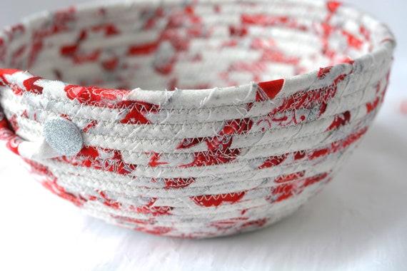 Silver Holiday Decoration, Handmade Decorative Bowl, Christmas Fabric Bowl,Potpourri Bowl,  Elegant Holiday Basket, Artisan Quilted
