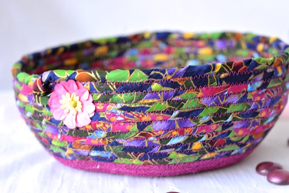 Modern Fabric Bowl, Key Tray, Handmade Phone Organizer, Decorative Table Basket, Coiled Rope Basket, Quilted ClotheslineBasket