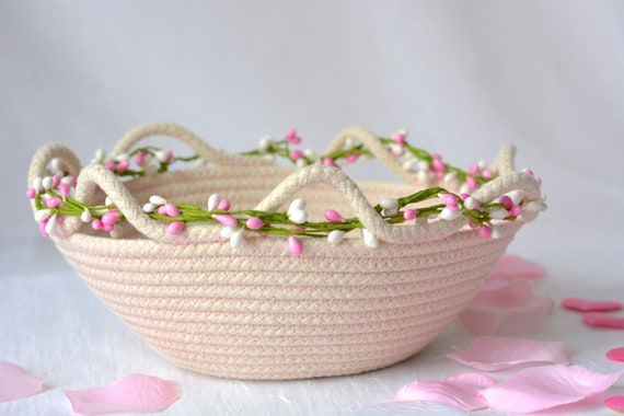 Spring Pink Basket, Handmade Clothesline Quilted Bowl, Country Farmhouse Home Decor, Coiled Basket, Rustic Natural Raw Rope Decor