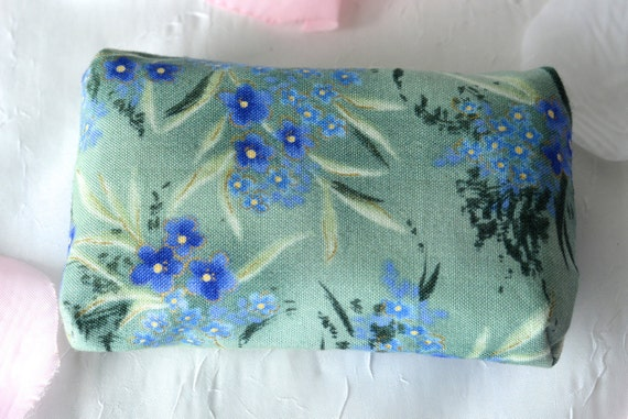 Kleenex Pocket Tissue Holder, Handmade Fall Travel Tissue Case, Lovely Birthday Party Favor, Stocking Stuffer, Floral Purse Accessory
