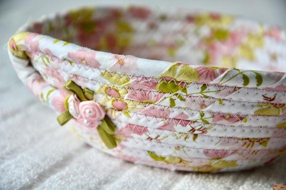 Shabby Chic Bowl, Key Basket, Handmade Rose Bowl, Floral Ring Dish, Beige Potpourri Bowl, Cute Desk Accessory, Candy Dish, Gift Basket