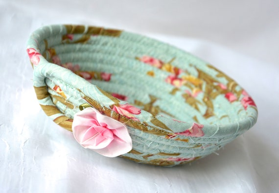 Green Ring Dish, Shabby Chic Bowl, Handmade Basket, Key Holder, Sea Glass Bowl, Cute Desk Accessory Basket, Paperclip Holder